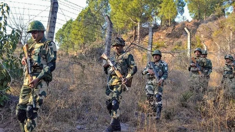 Chhattisgarh: 5 jawans killed, 12 others injured in Bijapur encounter between security forces and Naxals